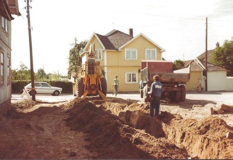 veiprosjekter, sprenging, sprengning, gravere, maskinpark, maskinutleie, traktor utleie, leie